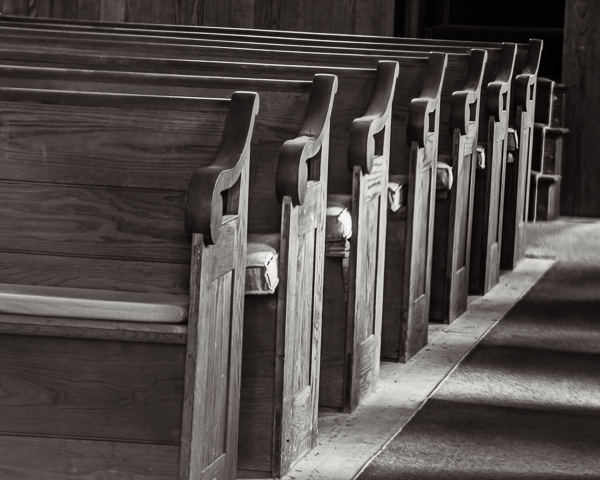 Pews, East Washington NH (4:5)