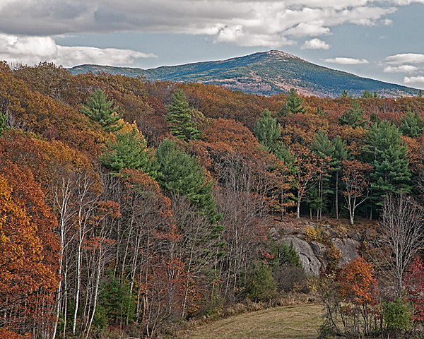 Mount Monadnock (from the north; closer view)
