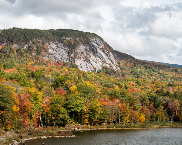 Owls Head from Oliverian Pond (Glencliff. NH)
